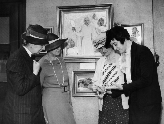 Dorrie showing her jewellery at an exhibition (Photograph: London News Agency Photos Ltd, 46 Fleet Street, London, EC4).